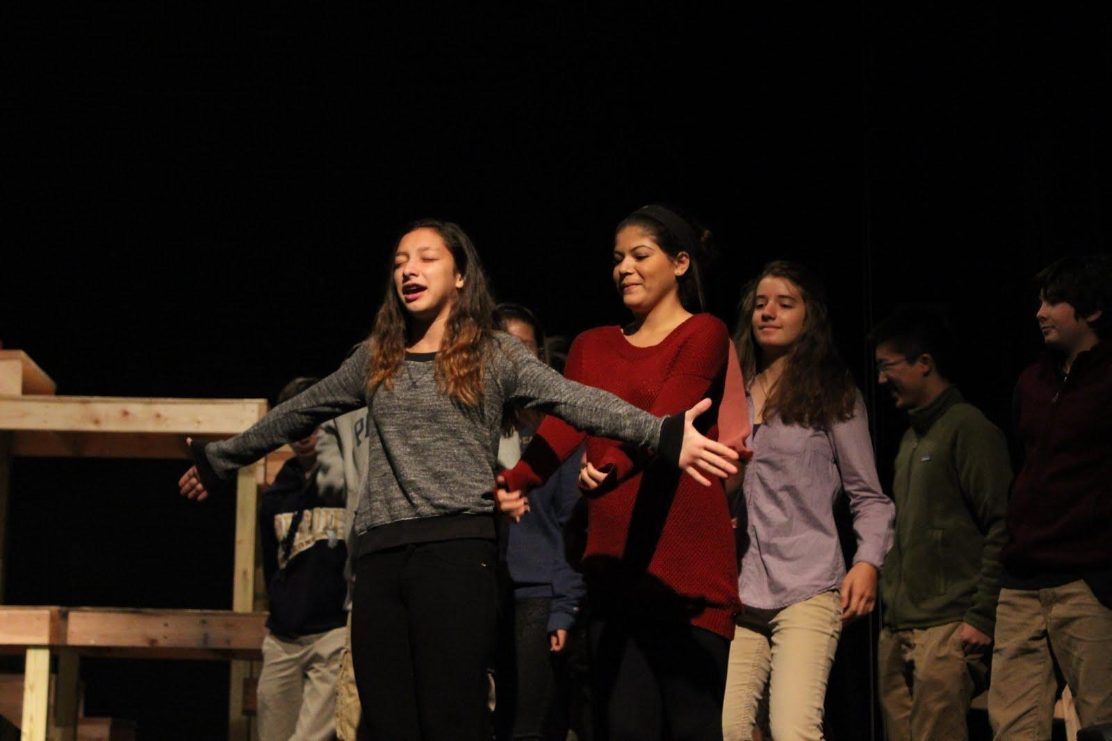Students rehearse in class for the upcoming freshman musical, Annie, on Nov. 14. Photographer: Marissa Bertuccio '16