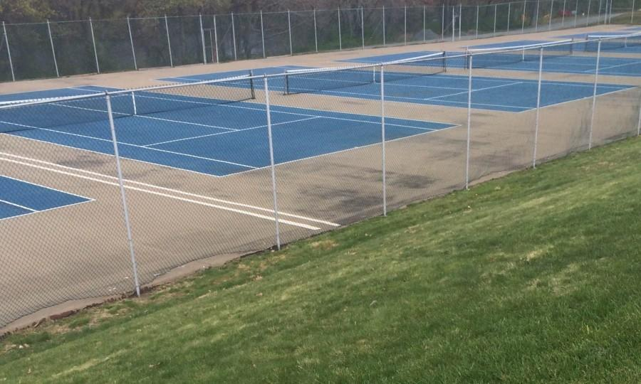 Boys+tennis+competed+in+the+NEMA+tournament+on+April+24.